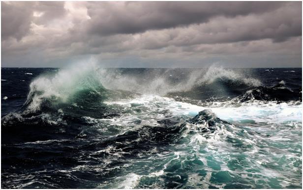 Одесситам шторм и холода - не помеха (видео)