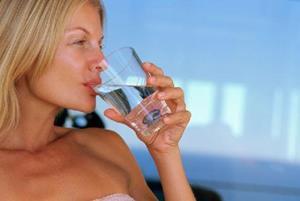 Пить чистую воду