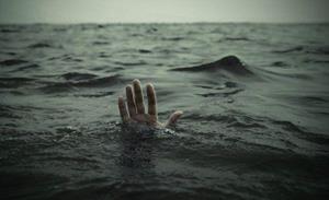 К чему снится парень в воде