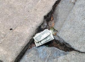 Нашел деньги на улице