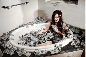 Ванная с долларами