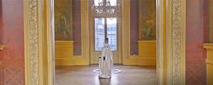 Призрак в картинной галерее