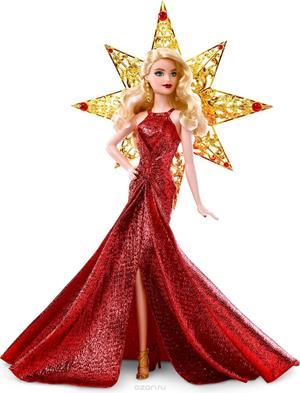 Кукла в ярком платье