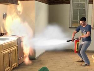 Парень тушит огонь на кухне