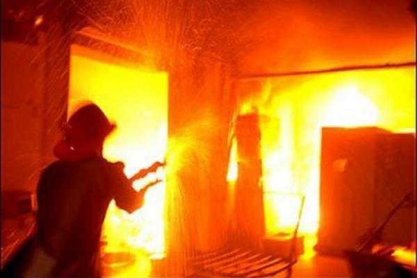 Возгорание в коридоре