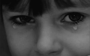 Слёзы подрастающего ребёнка