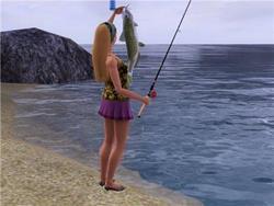 Ловит рыбу в море