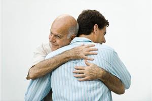 Объятия с отцом