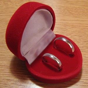 Кольца в коробочке