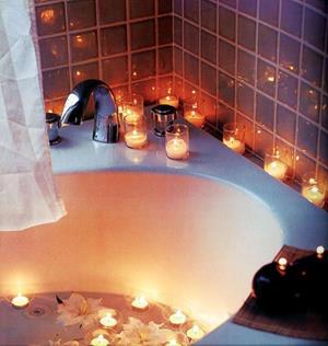 Ванная со свечами