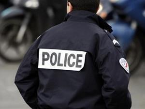 В роли полицейского