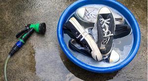Мытьё обуви