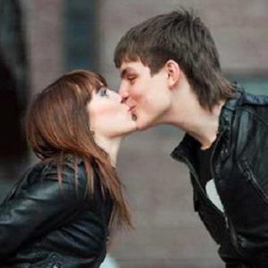 Поцелуй с другом