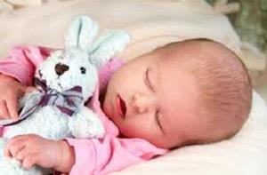 Малышка спит спокойно