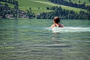 Плавание в реке