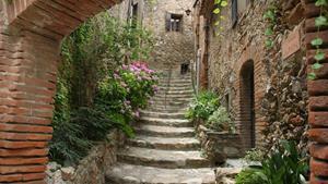 Старая каменная лестница